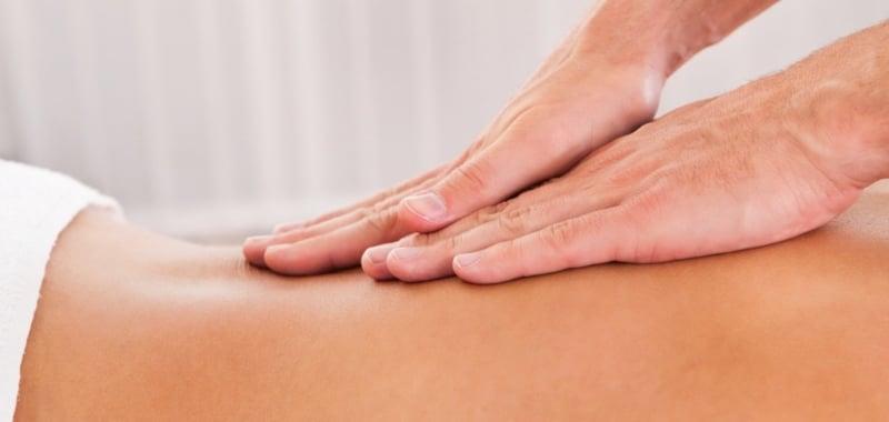 массаж от болей в спине